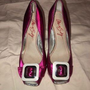 Miss Sixty NWOT pink metallic buckle heels 6.5